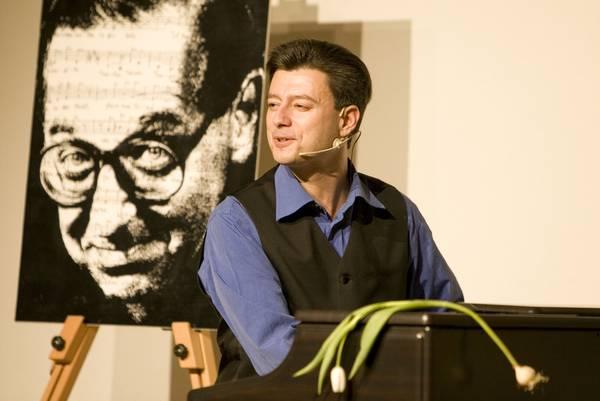 Pressefoto © Holger Blüder
